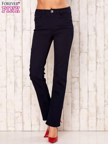 Ciemnogranatowe spodnie z prostą nogawką