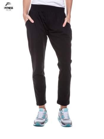 Czarna spodnie dresowe z prostą nogawką