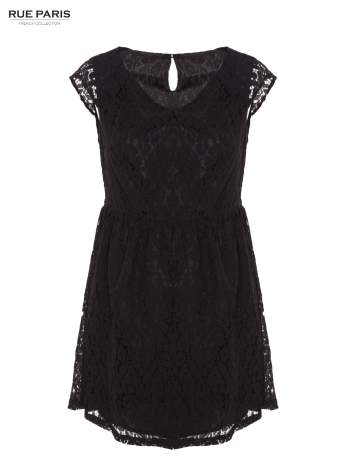 Czarna taliowana sukienka z koronki