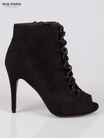 Czarne sznurowane botki open toe