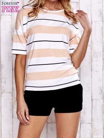Koralowy t-shirt w kolorowe paski