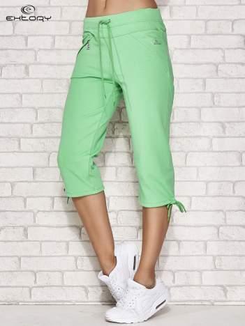 Zielone spodnie dresowe capri z kieszonką