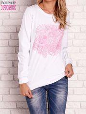 Biała bluza z kolorowym nadrukiem