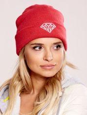 Ciemnoróżowa czapka beanie z diamentową naszywką