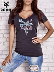Czarny t-shirt z kolorowym graficznym nadrukiem