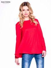 Czerwony klasyczny sweterek