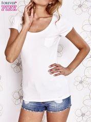 Ecru t-shirt z kieszonką i koronkowym tyłem
