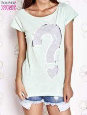 Miętowy t-shirt z nadrukiem znaku zapytania