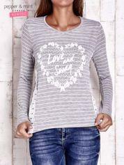 Szara bluzka w paski z napisem LOVE AND SWAG