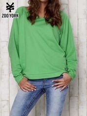 Zielona bluza oversize z dekoltem w łódkę