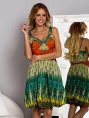 Butik Zielona sukienka na ramiączka w stylu etno