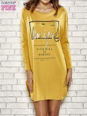 Żółta sukienka ze złotym napisem UNIQUE