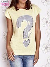 Żółty t-shirt z nadrukiem znaku zapytania