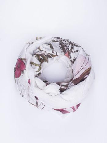 Biała chusta damska w roślinny ornament