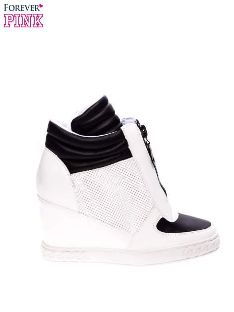 Biało-czarne sneakersy z ażurowym wzorem