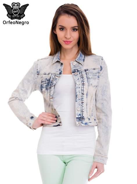 Błękitna kurtka jeansowa damska z marmurkowego denimu