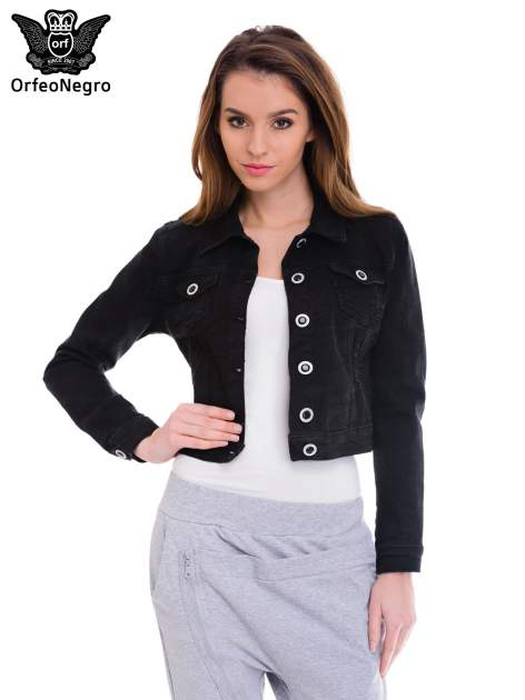 Czarna kurtka jeansowa damska z ozdobnymi guzikami