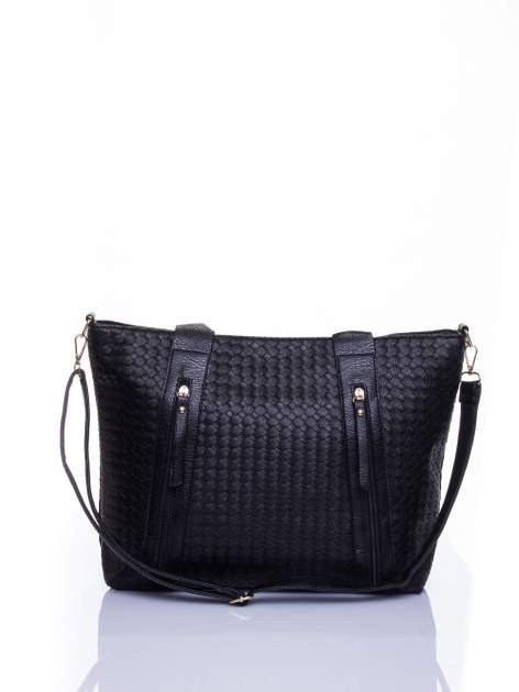 Czarna pleciona torebka z suwakami