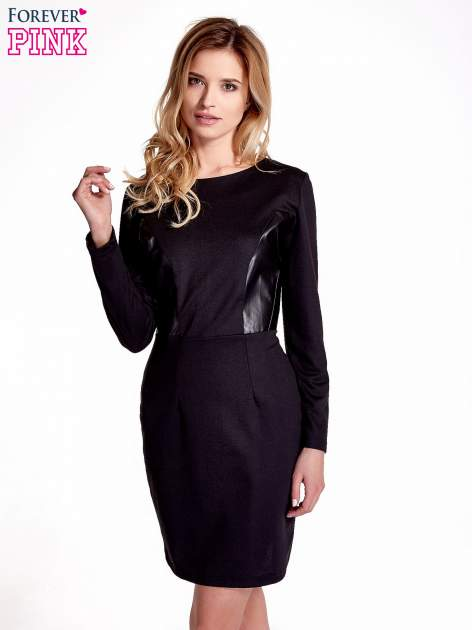 Czarna sukienka ze skórzanymi wstawkami