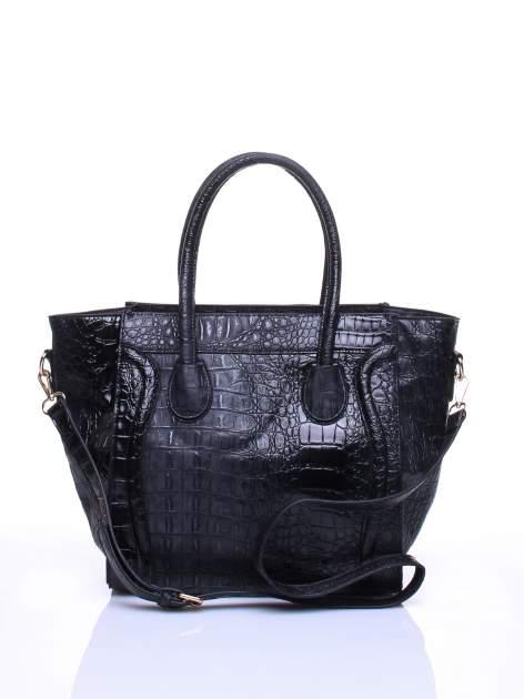 Czarna trapezowa torba miejska z efektem skóry krokodyla