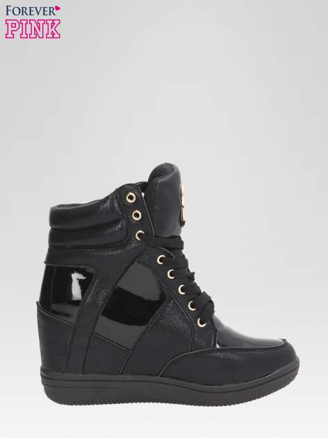 Czarne metaliczne sneakersy damskie na koturnie