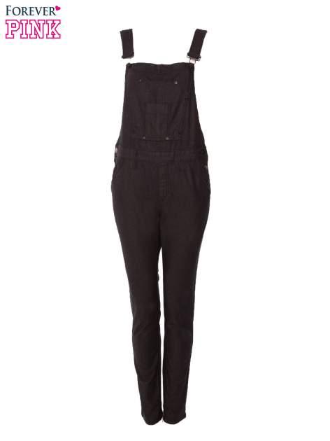 Czarne ogrodniczki jeansowe z kieszeniami