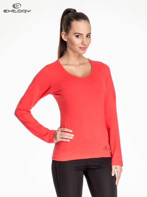 Czerwona bluzka sportowa z dekoltem V