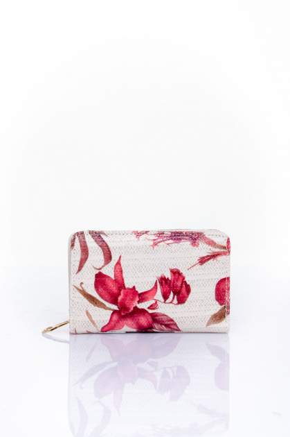 Czerwony portfel z kwiatowym nadrukiem