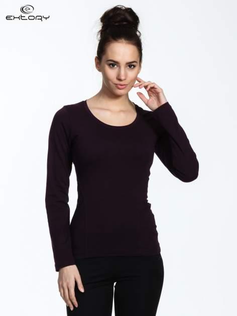 Fioletowa bluzka sportowa z dekoltem U