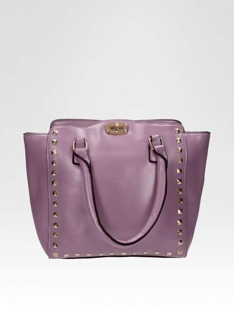 Fioletowa torebka na ramię z dżetami