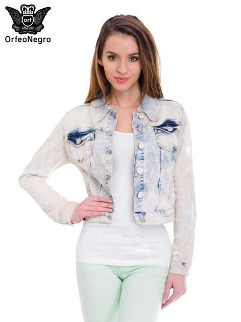 Jasnoniebieska marmurkowa kurtka jeansowa damska