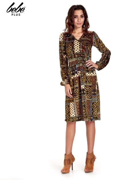 Khaki sukienka midi w patchworkowy wzór
