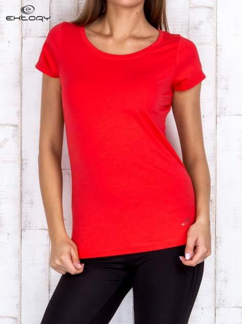 Koralowy damski t-shirt sportowy basic PLUS SIZE