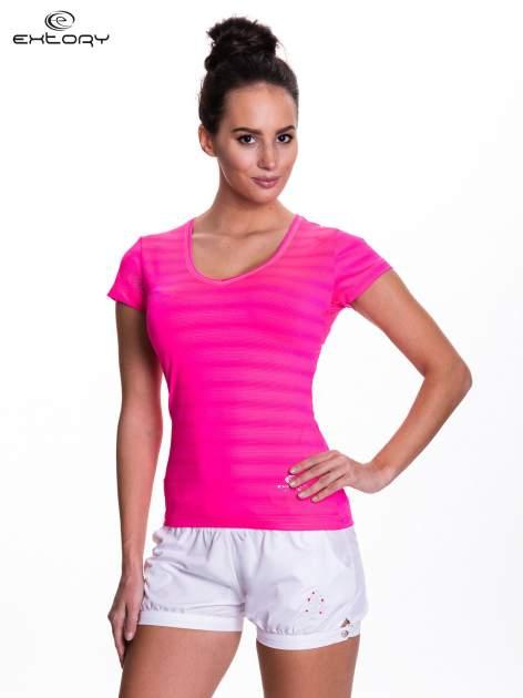Różowy t-shirt sportowy w paseczki