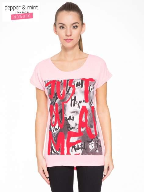 Rózowy t-shirt z napisem JUST YOU AND ME