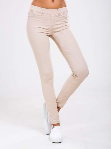 STRADIVARIUS Beżowe spodnie skinny typu jegginsy
