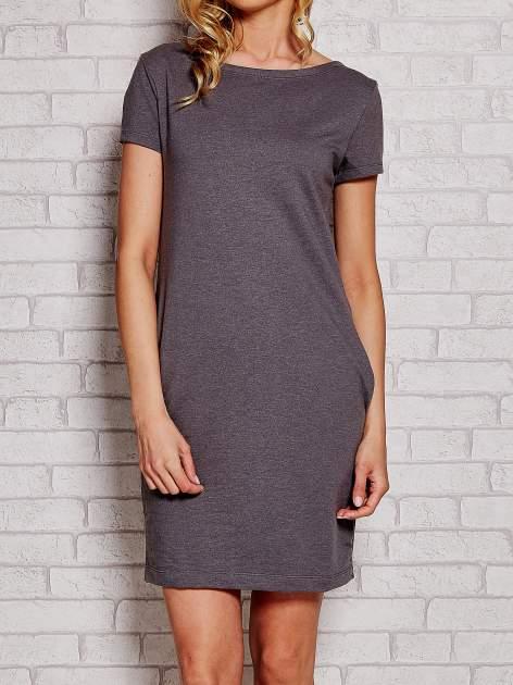 Szara sukienka dresowa z kieszeniami
