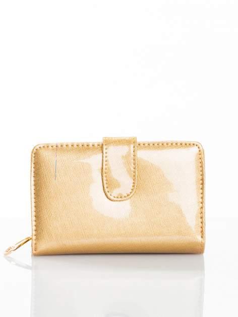 Złoty portfel efekt skóry saffiano