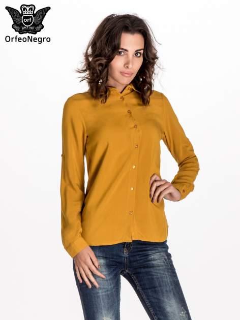 Zółta koszula z haftowanym kołnierzykiem