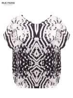 Biało-czarna koszula w geometryczny wzór