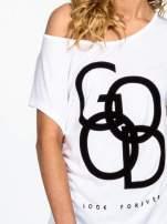 Biały t-shirt z napisem LOOK GOOD FOREVER