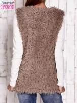 Ciemnobeżowa futrzana kamizelka