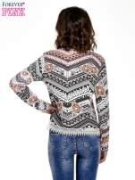 Czarna bluza w azteckie wzory z koronką