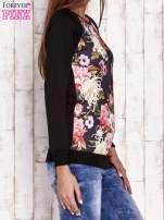 Czarna bluza z kwiatowym motywem