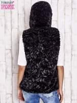 Czarna futrzana kamizelka z kapturem