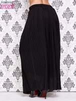Czarna spódnica maxi plisowana z dżetami w pasie