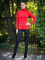 Czerwony prążkowany golf damski