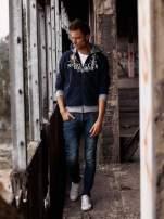 Granatowa ocieplana bluza męska z kapturem i napisem SPORT CLUB