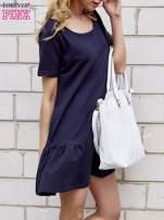 Granatowa sukienka dresowa z falbanami z boku