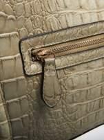 Jasnobeżowa trapezowa torba miejska z efektem skóry krokodyla